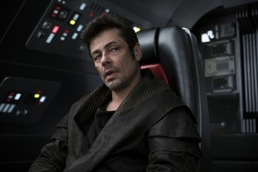 Benicio del Toro as DJ in THE LAST JEDI.