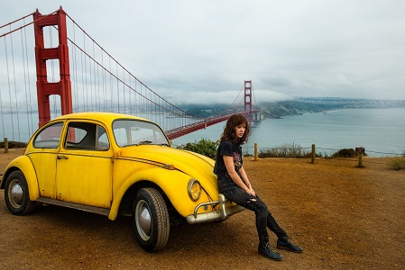 Left to right: Bumblebee and Hailee Steinfeld as Charlie in BUMBLEBEE, from Paramount Pictures.
