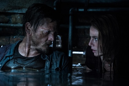 Barry Pepper and Kaya Scodelario star in CRAWL from Paramount Pictures. Photo Credit: Sergej Radović.