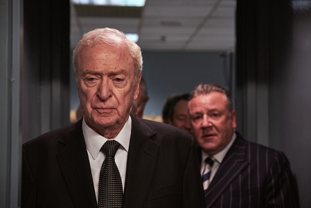 Brian Reader (Michael Caine, l.) und Danny Jones (Ray Winstone, r.)
